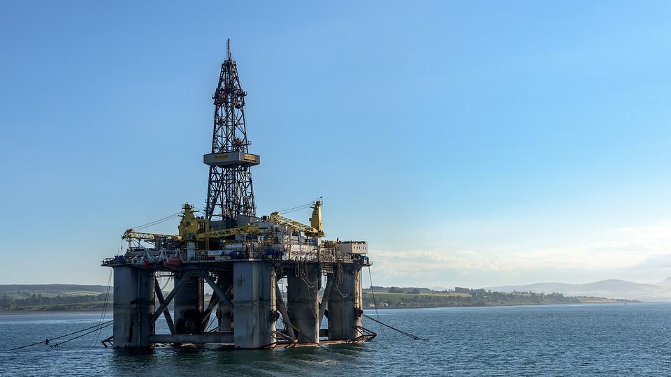 legea Petrolului amatorism economic legea offshore consecinţe negative asupra industriei româneşti