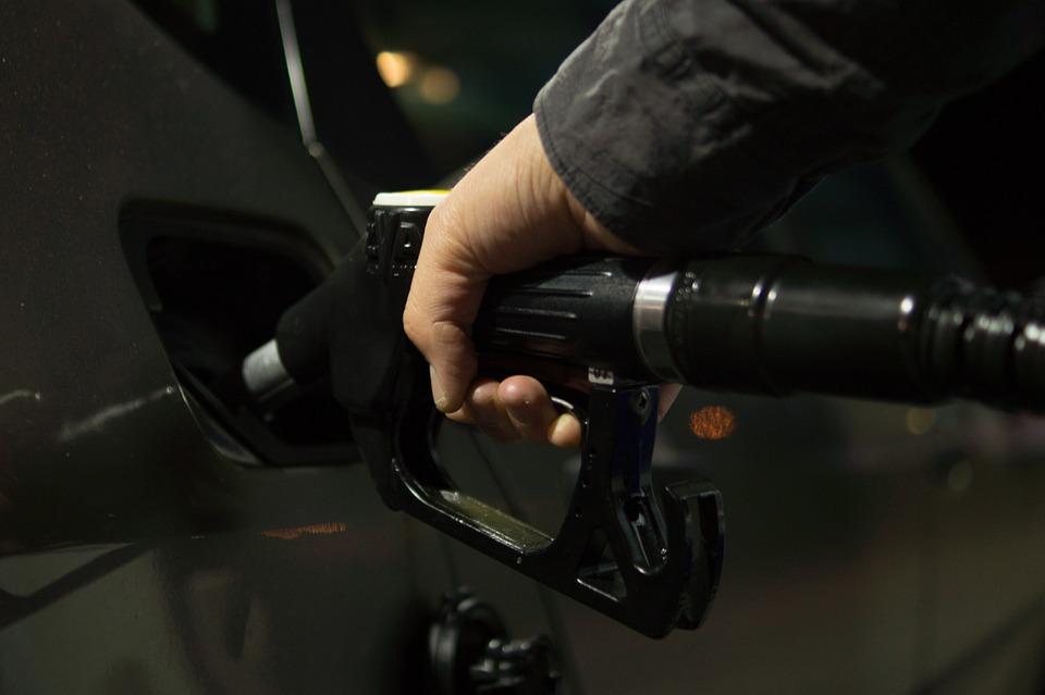 Reducerea accizelor la carburanți Monitorul preţurilor pentru carburanţi prețul benzinei Monitorul Preţurilor Carburanţilor