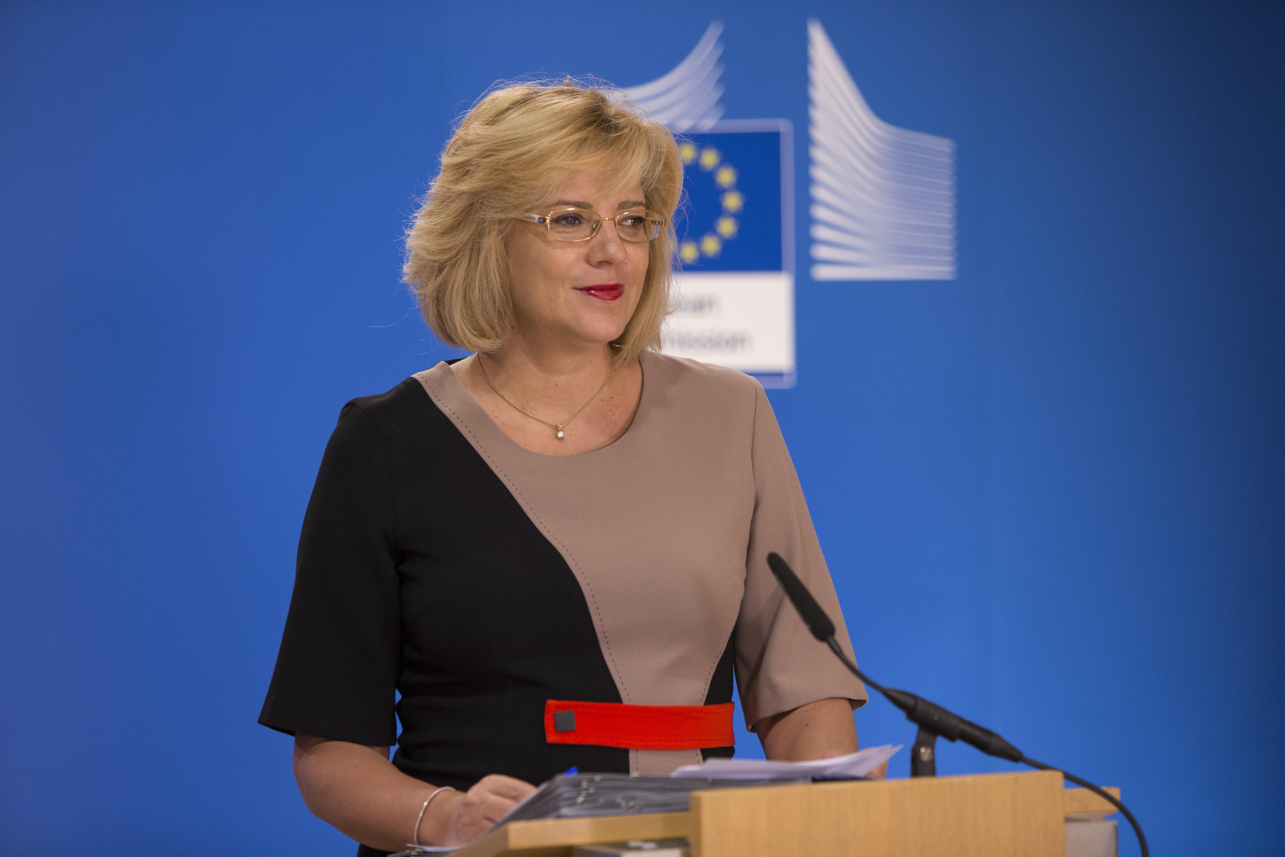 Comisia Europeană nu este agreată ideea alocării de fonduri doar pentru documentaţie, este de părere comisarul pentru politica regională, Corina Creţu.