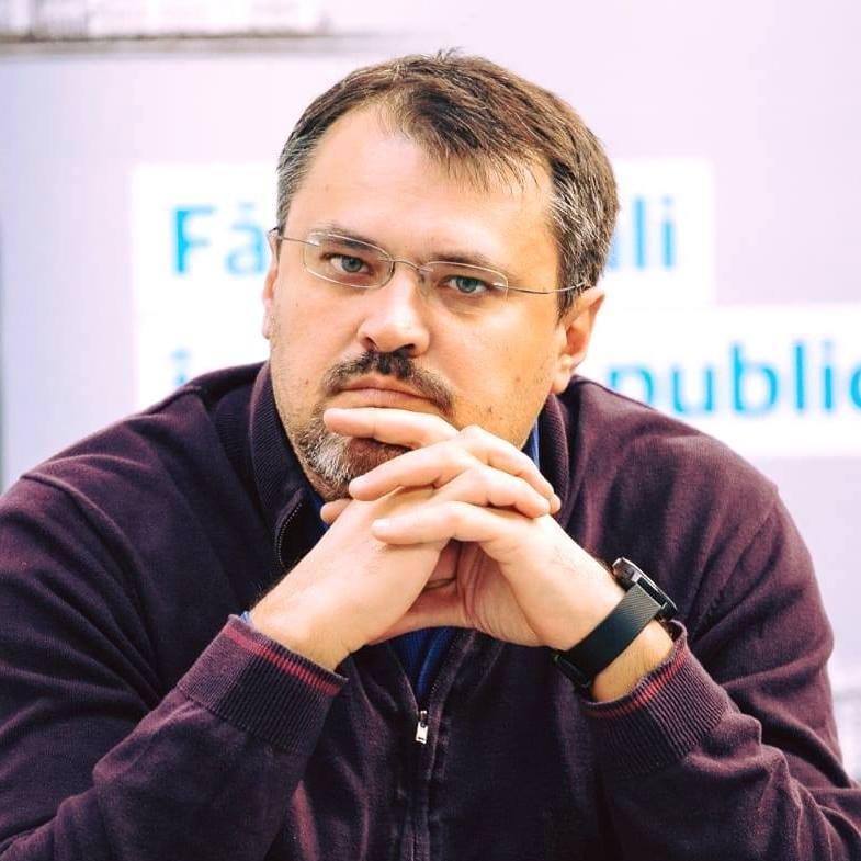 legislația electorală Constituirea organizaţiilor cu caracter comunist USR 900 de filiale Acoperirea tarifelor de cadastru cristian ghinea europarlamentare