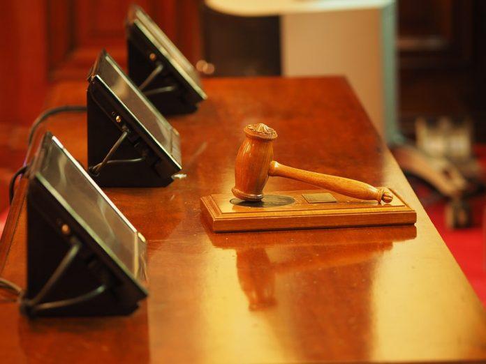 superimunitatea judecătorilor desființarea Secției speciale decizie ccr Magistrații CSM tema Codurilor penale USR va depune la CCR o contestaţie referitoare la numirea lui Gheorghe Stan şi Cristian Deliorga în funcţia de judecători constituţionali, motivele fiind unele pertinente. Trei dintre cei patru candidați înscriși pentru a fi judecători CCR au primit raport de admitere de la Comisia juridică din Senat. independența judecătorilor Proiectul de modificare a Codului penal modificarea codurilor penale USR vrea notificarea Comisiei de la Veneția completurilor de cinci judecători pentru anul 2019 Jumătate din dosarele de la CCR, în 2018, înaintate de Iohannis Legea de executare a pedepselor privative de libertate conflict de interese judecatori justitie Legea privind declasificarea unor documente