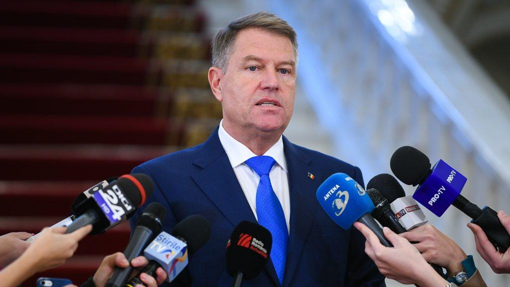 Schimbarea legii electorale iohannis mesaj diasporă psd îndoaie legile cna propria funcționare Președintele României, Klaus Iohannis, i-a transmis premierului Viorica Dăncilă, scrisorile referitoare la propunerile de numire în funcția de ministru al justiției, de ministru pentru românii de pretutindeni și în funcția de ministru al fondurilor europene. remanierea guvernamentală farsă Remanierea guvernamentală anunţată de PSD este făcută pentru ca lucrurile să meargă mai prost, a declarat preşedintele Klaus Iohannis. dosarul revolutiei strategia de înzestrare a Armatei referendum pe 26 mai Iohannis a promulgat Legea bugetului beneficiul cetăţenilor imagini trucate cu iohannis transporturi și dezvoltare Iohannis a semnat decretele pentru demisii mandatul generalului Nicolae Ciucă finanţarea activităţii ANP demisiile celor doi miniştri amânarea numirii miniștrilor Legea privind declasificarea unor documente klaus iohannis