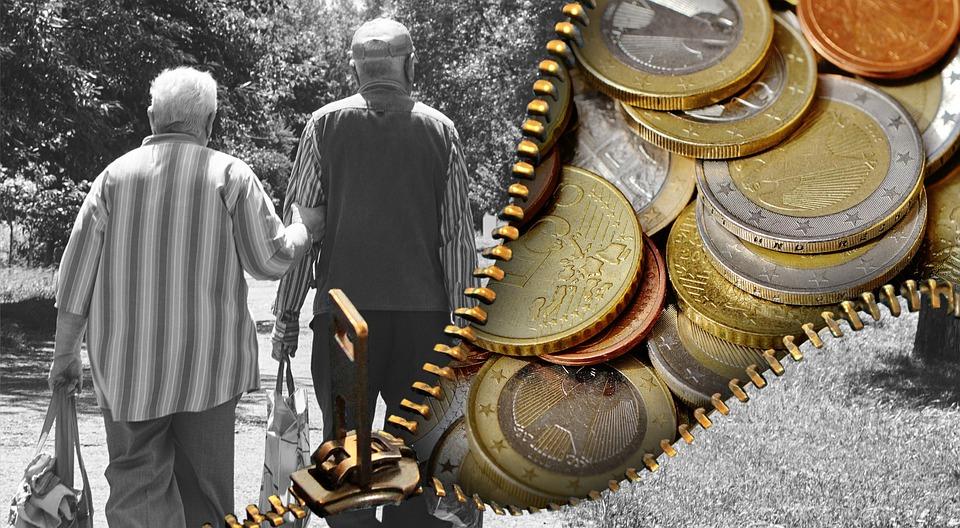 pensii private obligatorii recuperare pierderi banci Retragerea din România a societăţilor private, care administrează fondurile acumulate în Pilonul II de pensii, va duce la căderea bursei, echivalând cu un crah financiar OUG pentru Pilonul II pensii pensionari pensie sistem de pensii