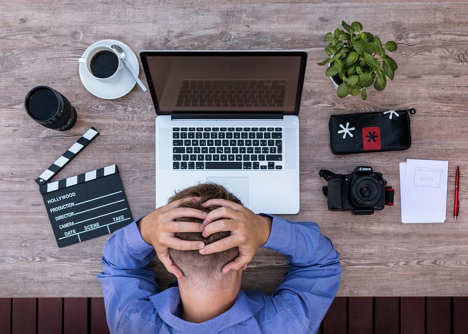 Curățenia de primăvară în business blocaj financiar siguranța locului de muncă antreprenor imm firmă la un pas de faliment
