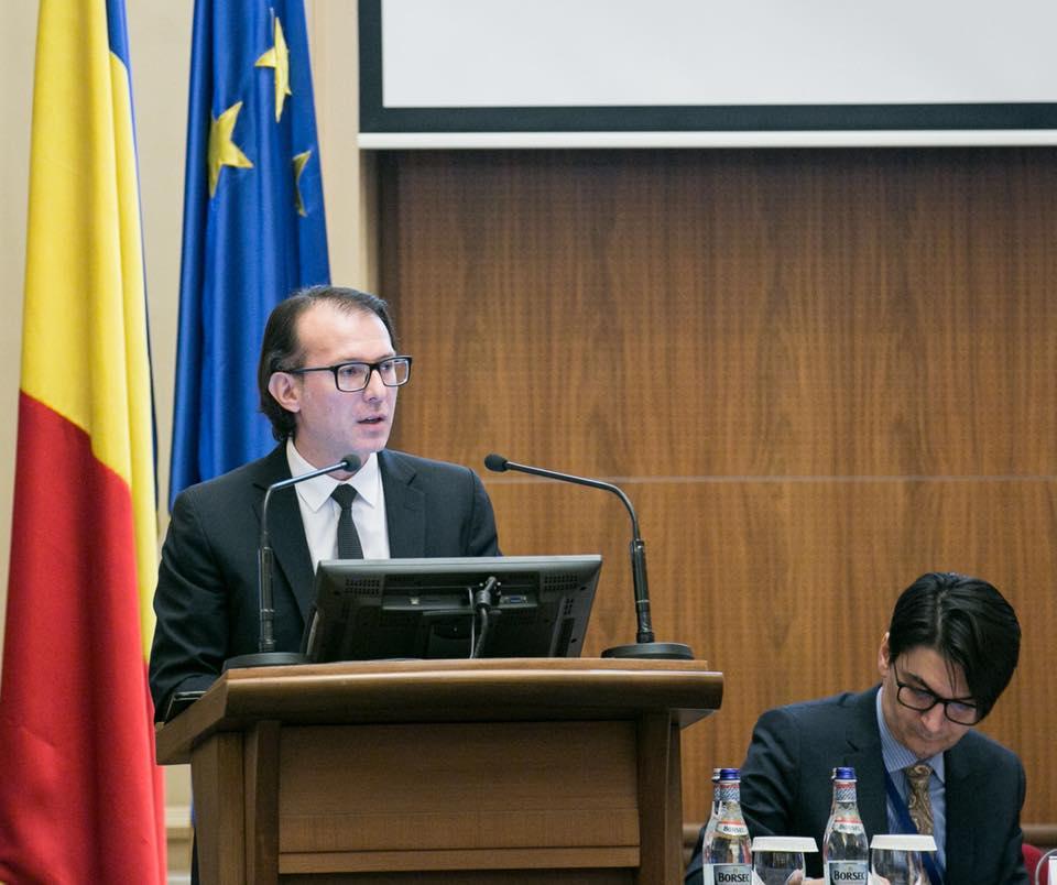 rectificarea bugetară sancţionarea senatorului Daniel Zamfir Senatorul liberal Florin Cîţu va informa Eurostat că România a manipulat indicatorii economici în scopul alterării pieţelor de capital