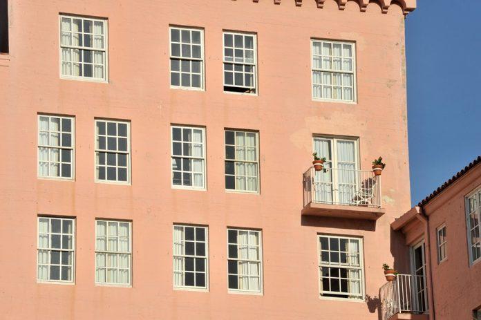 bunuri imobile apartamentele mai noi de 2000