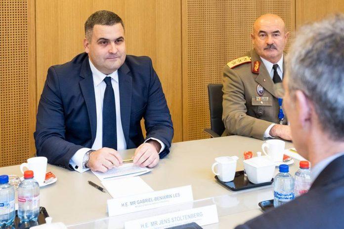 Gabriel Leș în ceartă pe președintele Klaus Iohannis