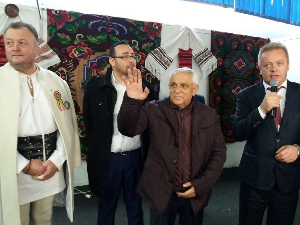 Jurământul de zece ani cerut de oamenii șeicului din Insula Mare a Brăilei ministrului Petre Daea