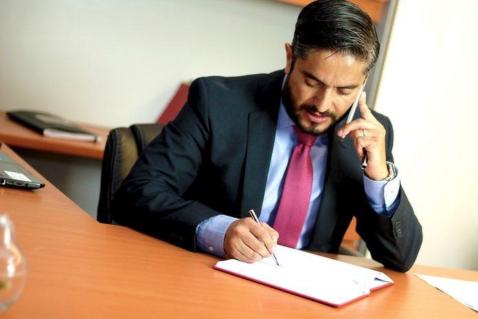 PSD simulează guvernarea 10 petiții la Avocatul Poporului pe Codul Administrativ avocați proteste