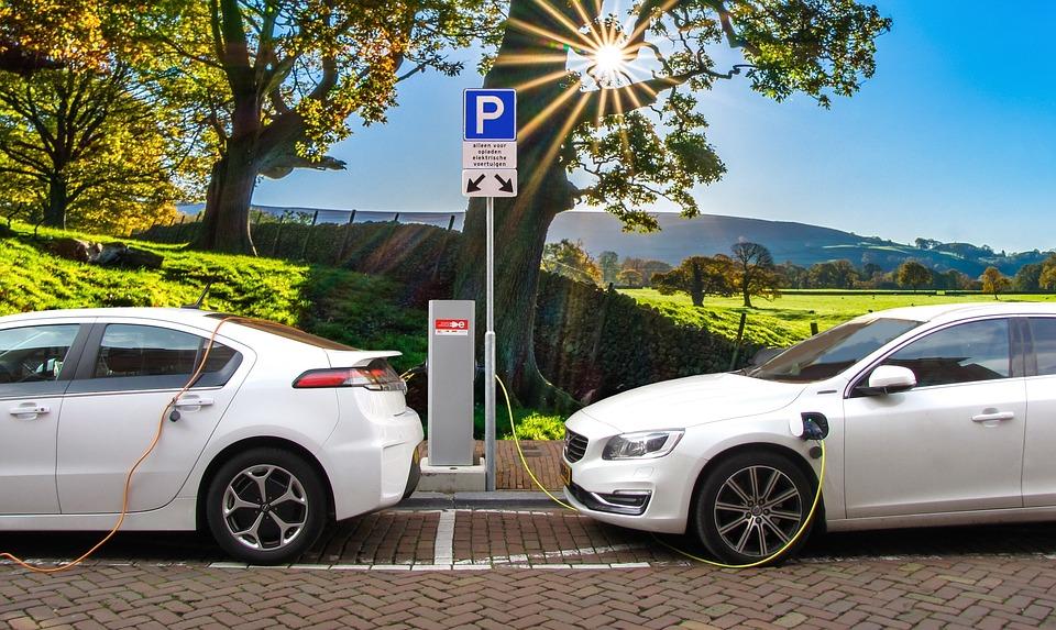 You drive like a Romanian, you may park like a Romanian http://affairsinromania.com/adminiadministrarea parcărilor publice Primarii ar trebui să cumpere mașini electrice