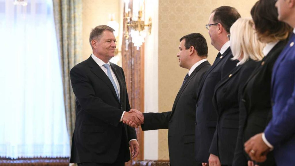 PMP vrea ca pactul politic al lui Iohannis să fie extins la sănătate, educație și infrastructură, mai ales că acesta prevedeaconsolidarea parcursului european al României