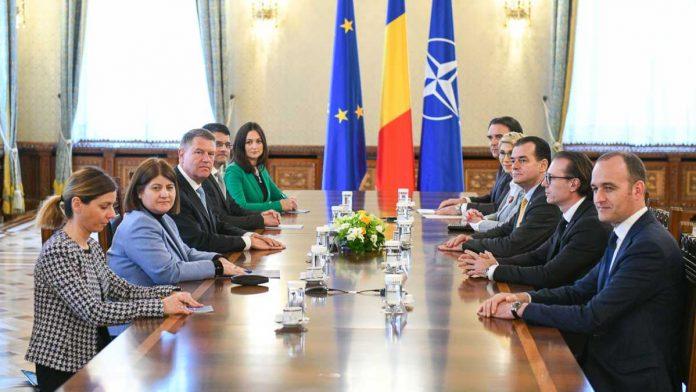 Program de guvernare PNL octombrie 2019 PMP, lăsat în afara guvernării din dorința ALDE, UDMR și Pro România guvern monolocolor pnl punerea în aplicare a referendumului Ultimele rezultate parțiale venite de la Biroul Electoral Central arată PNL și USR PLUS ca fiind marii câștigători de la europarlamentare 2019.