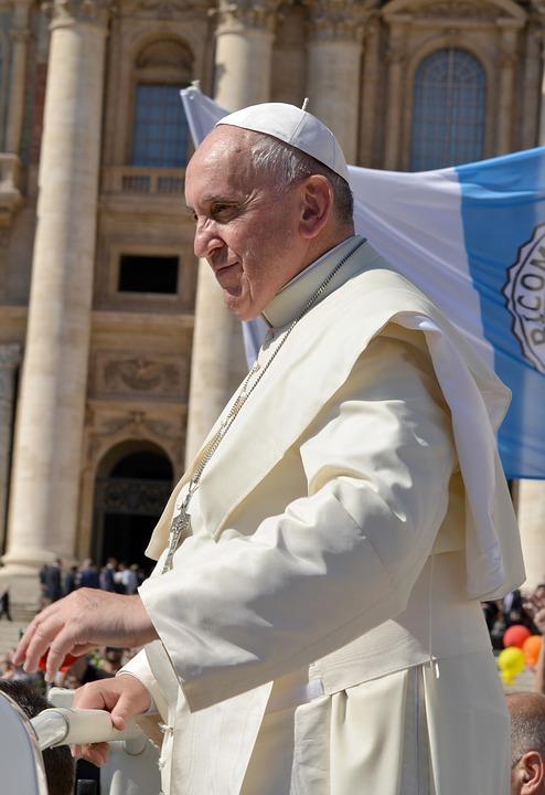 papa francisc blaj Papa Francisc a ajuns în România
