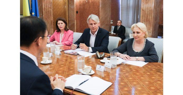 nesimțirea partidelor rectificare bugetara Premierul Viorica Dăncilă ar fi demis-o pe Ecaterina Andronescu din funcţie deoarece aceasta este un oponent politic al său în interiorul PSD Vinerea Neagră pentru subalternii lui Dăncilă adoptarea codului administrativ Viorica Dăncilă vrea să promulge, mâine (marți) ordonanța de urgență pe Codul Administrativ, cea cu dedicație dăncilă pactul politic iohannis