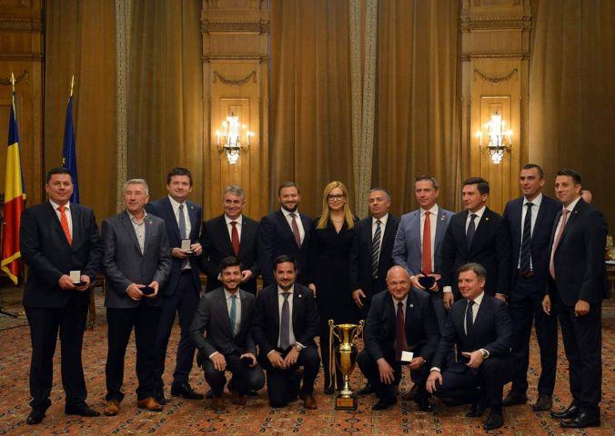 deputați anonimi parlamentul romaniei naționala de fotbal
