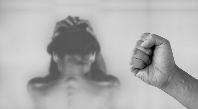 brățările electronice violență domestică