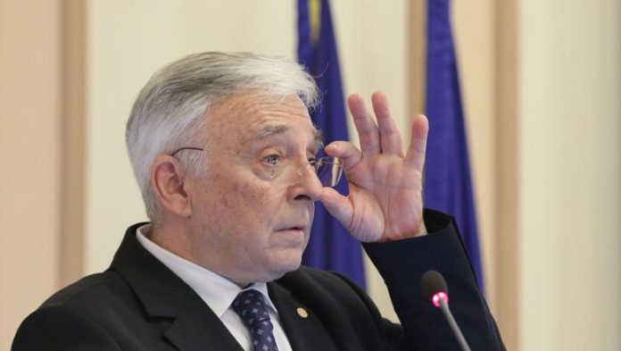 Politica fiscală haotică Noua conducere BNR mugur isarescu