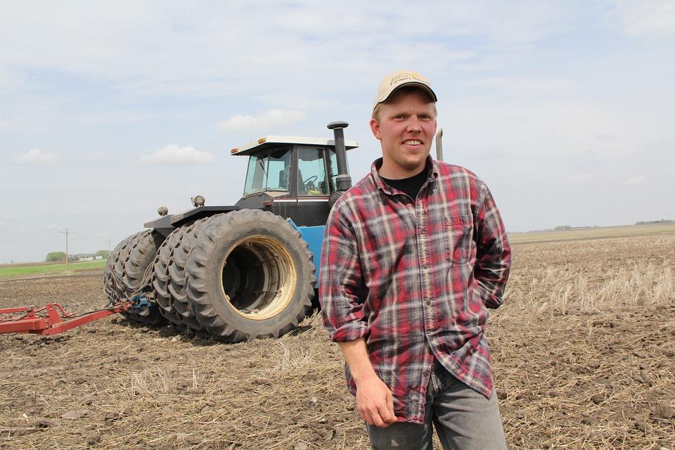 Tinerii fermieri