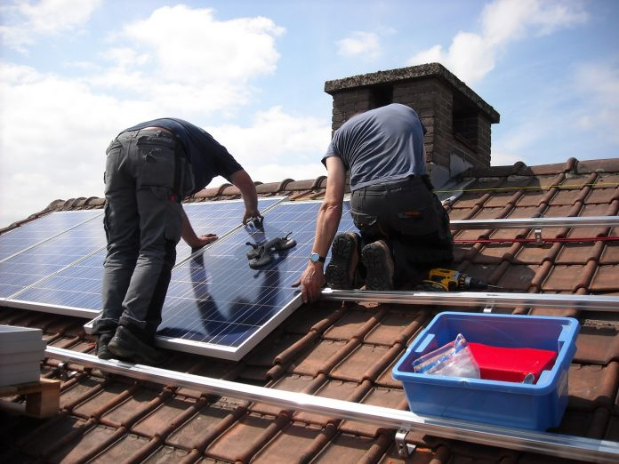scandalul casa verde fotovoltaice programul casa verde fotovoltaice Casa Verde Fotovoltaice panouri solare panouri fotovoltaice