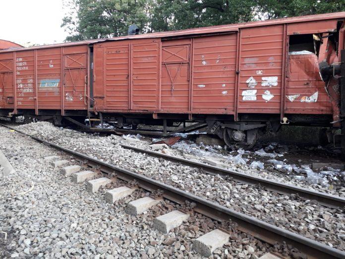 Toate companiile cu pierderi din subordinea Ministerului Transporturilor şi Infrastructurii au avut termen până vineri Îmbunătățirea traficului feroviar se face prin soluții nefavorabile CFR Marfă