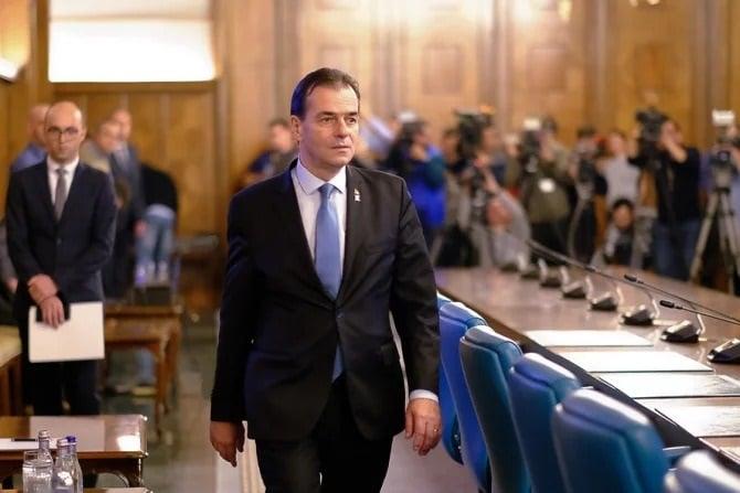 Ludovic Orban și-a atins limitele Liderii PNL și USR PLUS psd broșuri false iohannis