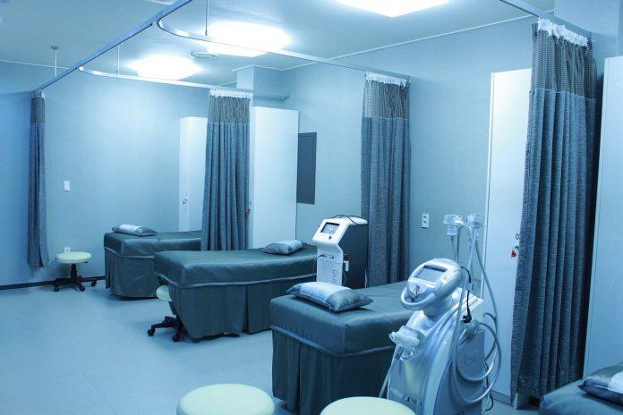 terapie intensivă Sistemul actual de asigurări de sănătate Pe lângă demararea construcţiei celor trei spitale regionale de la Iaşi, Cluj şi Craiova, vor trebui construite unităţi medicale 10 spitale din România unde vor ajunge primele vaccinuri anti-COVID spitale bucurești supravegherea ISU finanțare spitalul metropolitan spital medici doctori