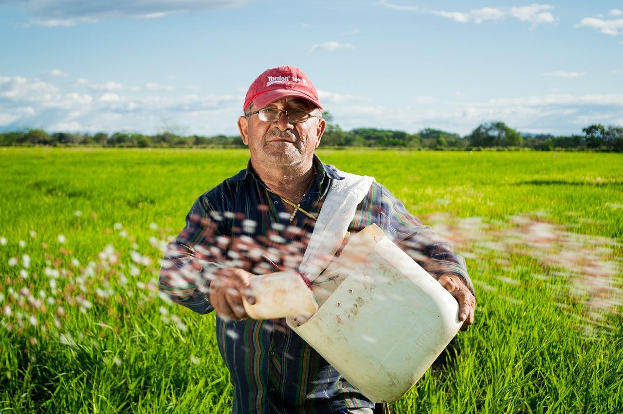 Agricultorii români amenință