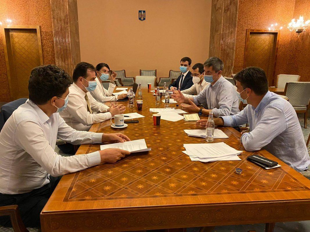Firea și Ciolacu, supărați foc pe liberali și USR-PLUS că negociază să câștige alegerile